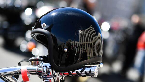 Motocycliste casque - Sputnik France