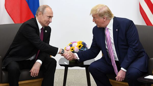 Vladimir Poutine et Donald Trump à Osaka (archive photo) - Sputnik France