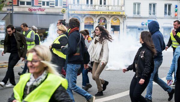 Первомайские демонстрации в мире - Sputnik France