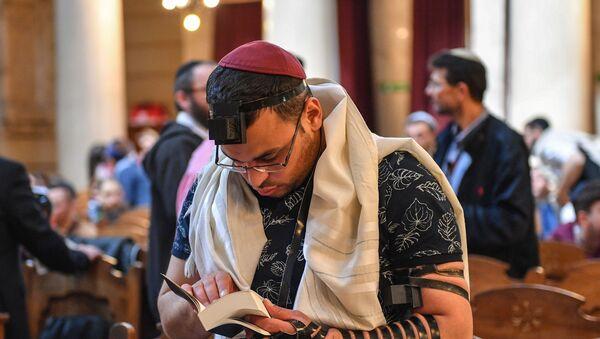 Le participant de la réunion des étudiants d'Eurostars 2019 dans la Grande Synagogue de Rome. - Sputnik France
