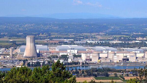 Vue sur la centrale nucléaire du Tricastin - Sputnik France