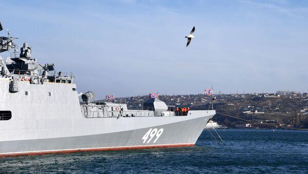 La frégate Amiral Makarov à Sébastopol - Sputnik France