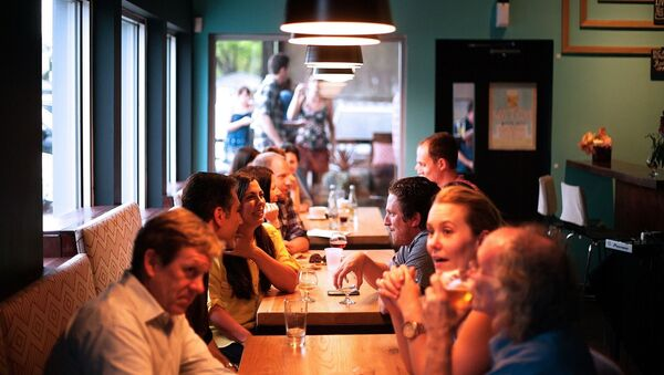 Les gens dans le restaurant - Sputnik France