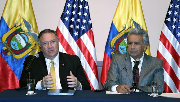 Mike Pompeo et le Président équatorien Lénin Moreno - Sputnik France
