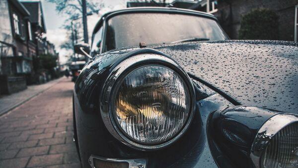 Une voiture - Sputnik France
