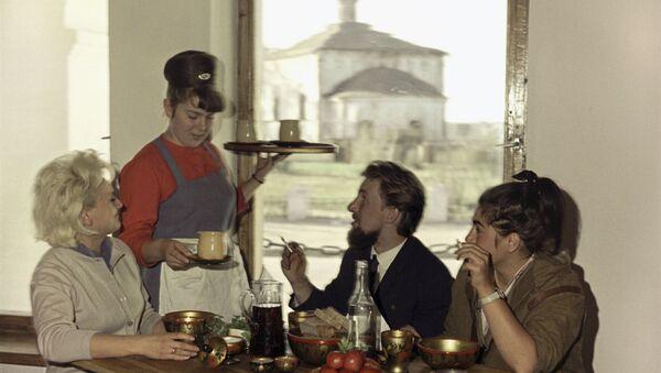 Restaurant dans la ville de Souzdal - Sputnik France