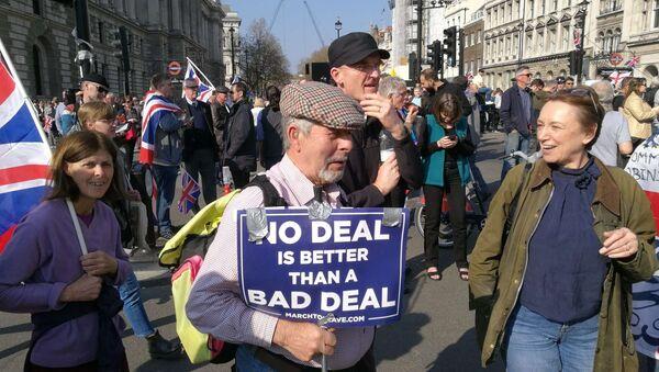 Les manifestants contre le retard du processus de Brexit à Londres,  le 29 mars 2019 - Sputnik France