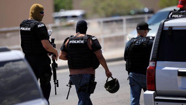 Police arrive after a mass shooting at a Walmart in El Paso, Texas, U.S. August 3, 2019. REUTERS/Jorge Salgado - Sputnik France