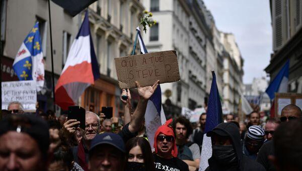 manifestation contre les violences policières après la mort de Steve Maia Caniço à Paris - Sputnik France