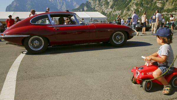 Une Jaguar E-Type - Sputnik France