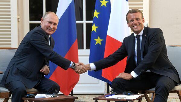 Rencontre Macron-Poutine en France  - Sputnik France