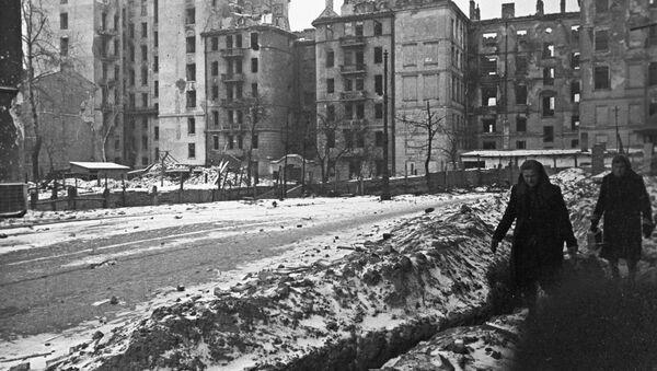Varsovie en 1945 - Sputnik France
