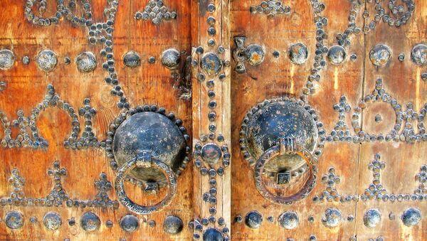 Porte arabesques - Sputnik France
