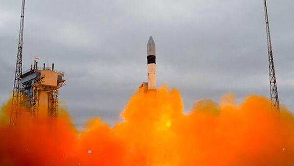 Lancement d'une fusée-porteuse Rokot (photo d'archive) - Sputnik France