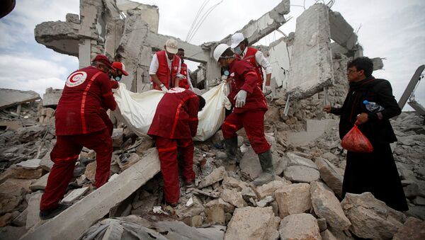 Une prison détruite dans une frappe de la coalition arabe au Yémen - Sputnik France