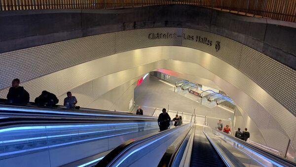 Situation dans les stations de Paris avant la grève de la RATP - Sputnik France