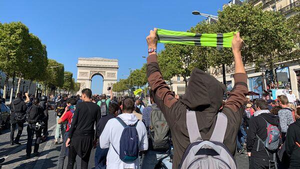 Acte 45 des Gilets jaunes à Paris - Sputnik France