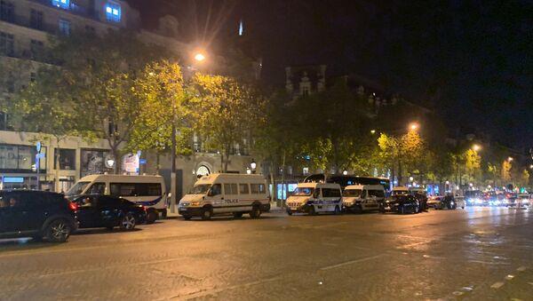 L'acte 45 se poursuit: une soirée sous surveillance sur les Champs-Élysées, 21 septembre 2019 - Sputnik France