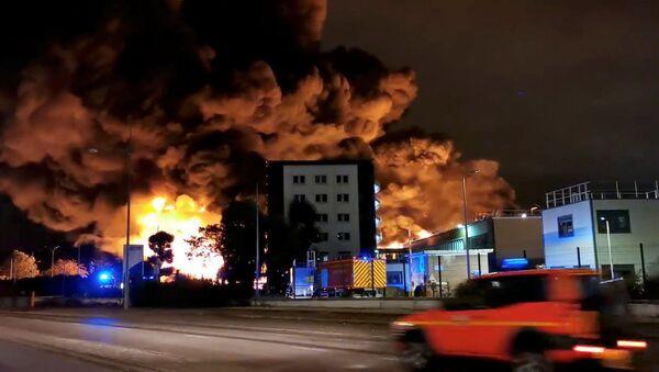 L'incendie de Lubizol à Rouen - Sputnik France