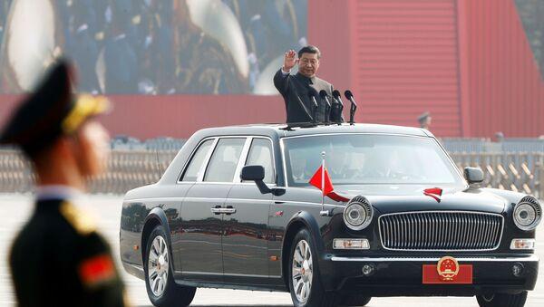 Президент Китая Си Цзиньпин на военном параде в честь 70-летия образования КНР в Пекине  - Sputnik France