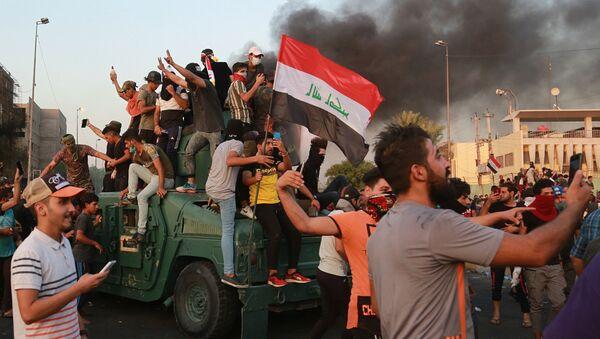 Une manifestation antigouvernementale en Irak - Sputnik France