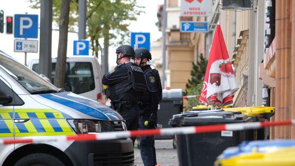 Des policiers sur les lieux de la fusillade à Halle - Sputnik France