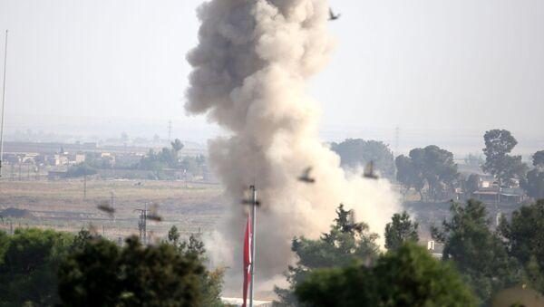 Bombardements turcs près de la ville syrienne de  Ras al-Aïn - Sputnik France