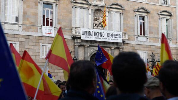 Une manifestation contre l'indépendance de la Catalogne à Barcelone - Sputnik France