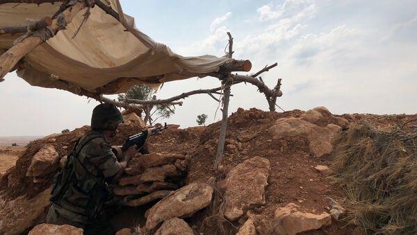 Une ligne fortifiée à Minbej en Syrie, le 19 octobre 2019 - Sputnik France