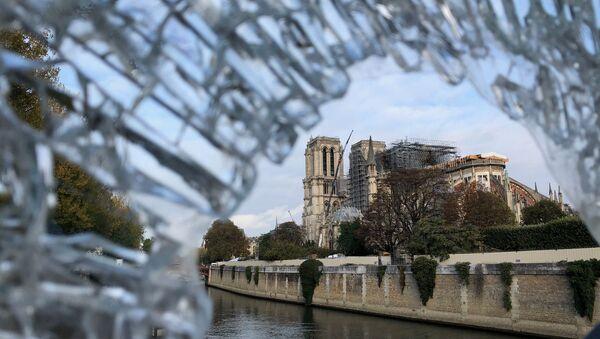 Notre-Dame de Paris en cours de restauration - Sputnik France