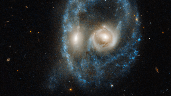 Collision de deux galaxies du système Arp-Medore 2026-424 - Sputnik France