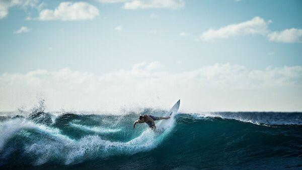 Un surfeur - Sputnik France