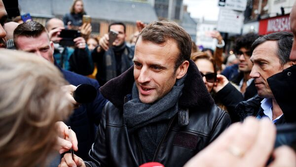 Emmanuel Macron à Honfleur - Sputnik France