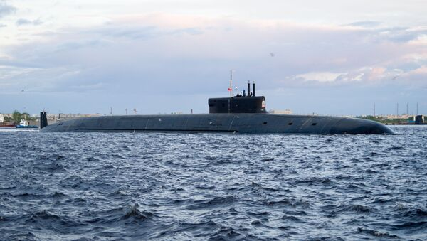 Le sous-marin Prince Vladimir entame un essais en mer - Sputnik France