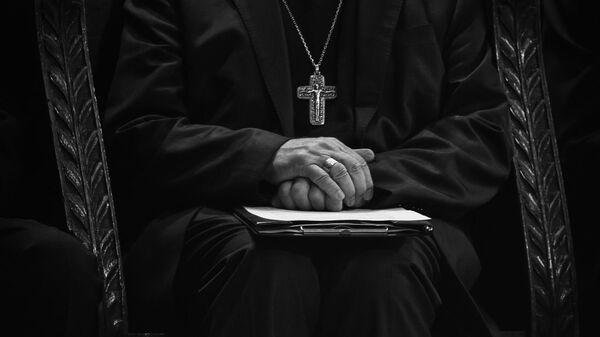 Prêtre catholique (image d'illustration) - Sputnik France