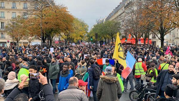 Marche antiislamophobie à Paris  - Sputnik France