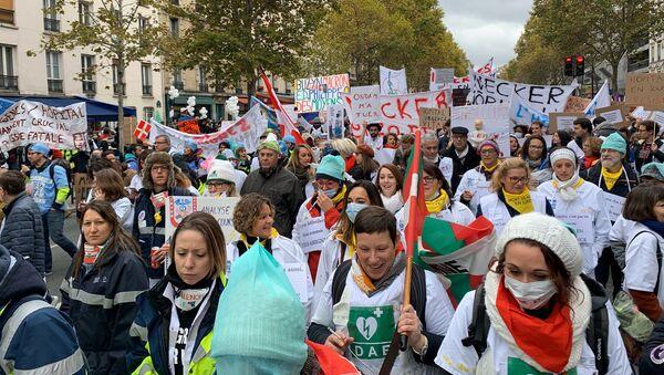 Manifestation des personnels hospitaliers à Paris, 14 novembre 2019 - Sputnik France