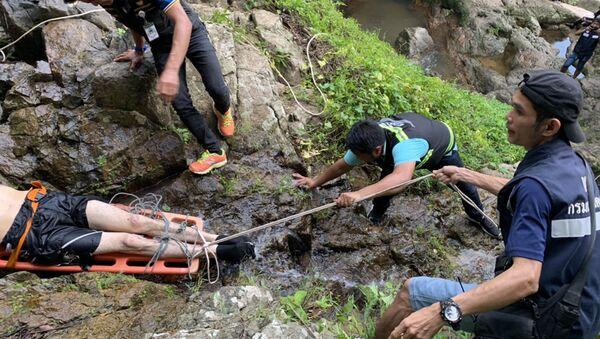 Un touriste français meurt en Thaïlande en prenant un selfie près d'une chute d'eau - Sputnik France