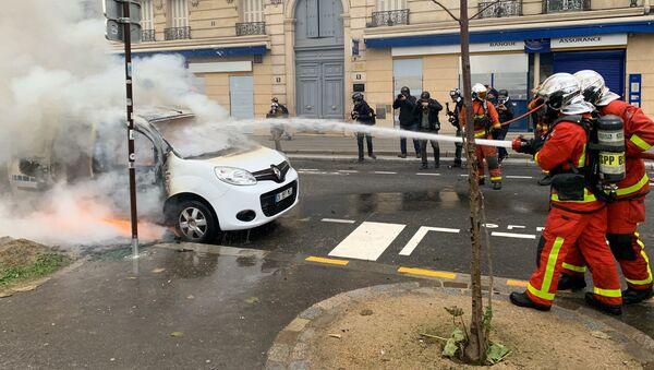 Des pompiers lors de l'acte 53 des Gilets jaunes, Paris 16 novembre 2019 - Sputnik France