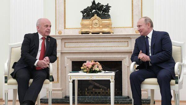 Vladimir Poutine et son homologue suisse - Sputnik France
