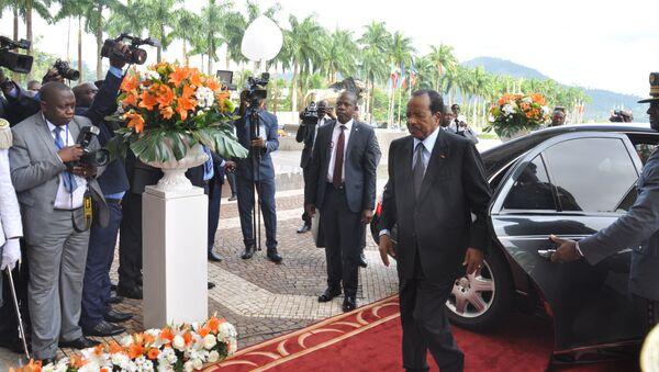Arrivée du Président camerounais Paul Biya, également président de la Cemac, au sommet extraordinaire de la Cemac à Yaoundé le 22 novembre 2019. - Sputnik France