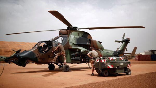 Un hélicoptère français Tigre au Mali - Sputnik France