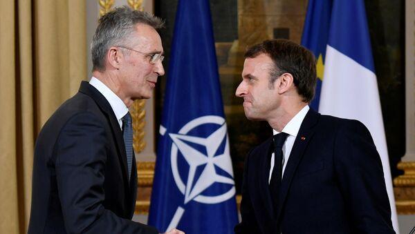 Emmanuel Macron et Jens Stoltenberg - Sputnik France