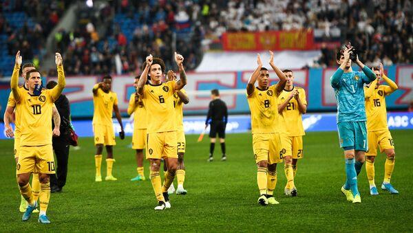L'équipe de Belgique remercie les supporters lors d'un match de qualification pour l'Euro 2020 à Saint-Pétersbourg - Sputnik France