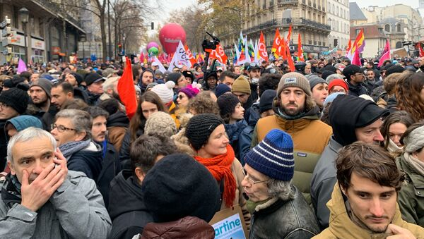 Manifestation contre la réforme des retraites à Paris, 5 décembre 2019 - Sputnik France
