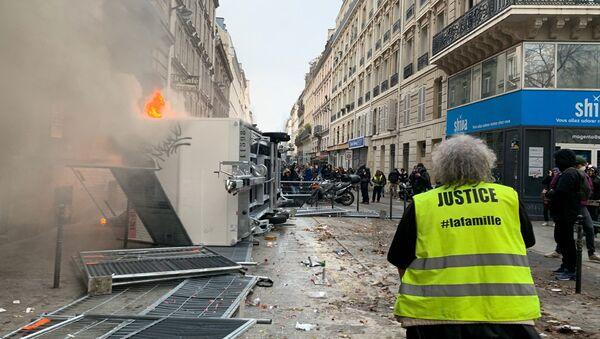 Des incidents éclatent à Paris, notamment boulevard de Magenta - Sputnik France