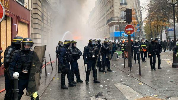 la grève du 5 décembre à Paris - Sputnik France