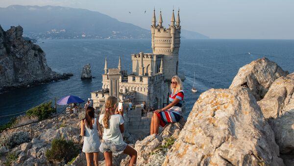 Le château du Nid d'hirondelle à Ialta, en Crimée - Sputnik France