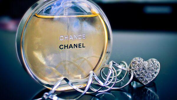 Un parfum Chanel - Sputnik France
