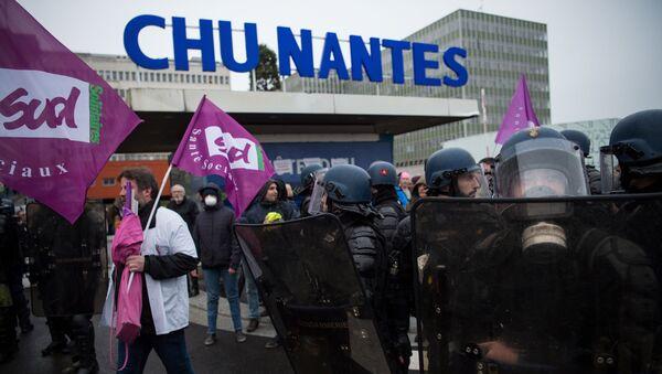 Manifestation à Nantes - Sputnik France
